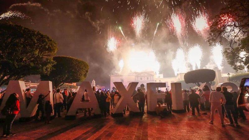 105 mil en Festival Maxei 488 Aniversario Santiago de Querétaro | Obtura  Fotógrafos