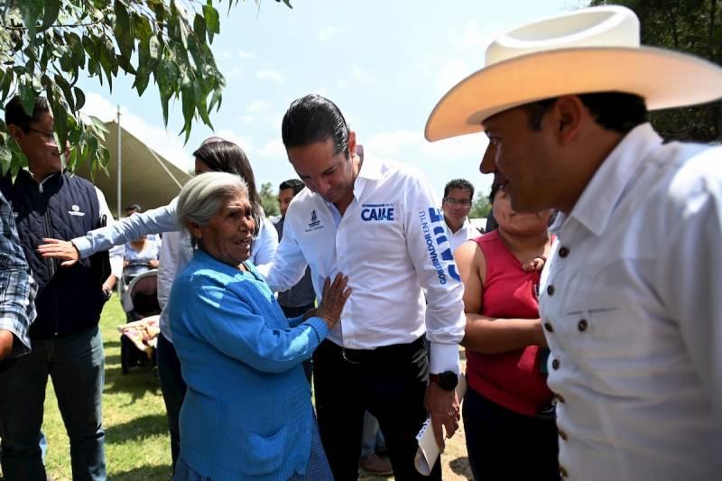 Inaugura Gobernador modernización de caminos en Colón