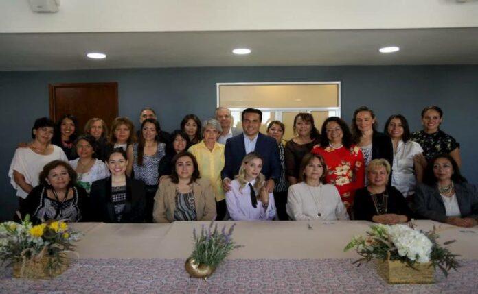 Con apoyos del Municipio, las mujeres hacen la diferencia: Luis Nava