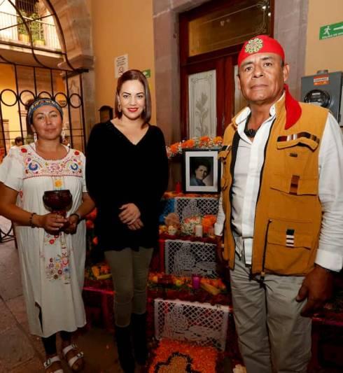 Elaboraron altares de muertos en el DIF Estatal de Querétaro