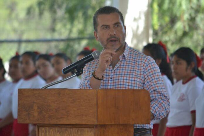 Llama Hugo Cabrera A Terminar Con Paralisis Legislativa En Queretaro
