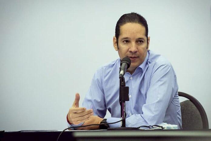 Mexico Esta Enfermo Hay Que Curarlo De La Division Pancho Dominguez