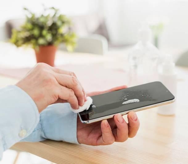 Desinfectar tu celular para evitar contagios de Covid-19