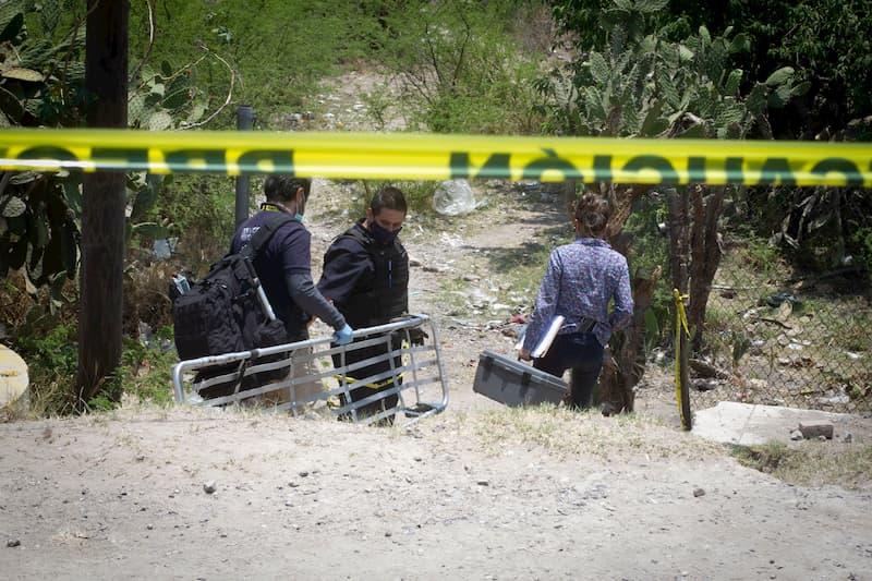 Indigente muere calcinado y testigos centroamericanos huyeron, SJR Querétaro