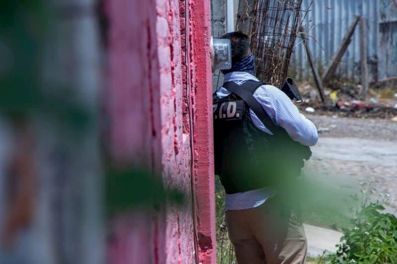 Fiscalia detuvo a 6 con drogas armas y productos robados en Colon Queretaro