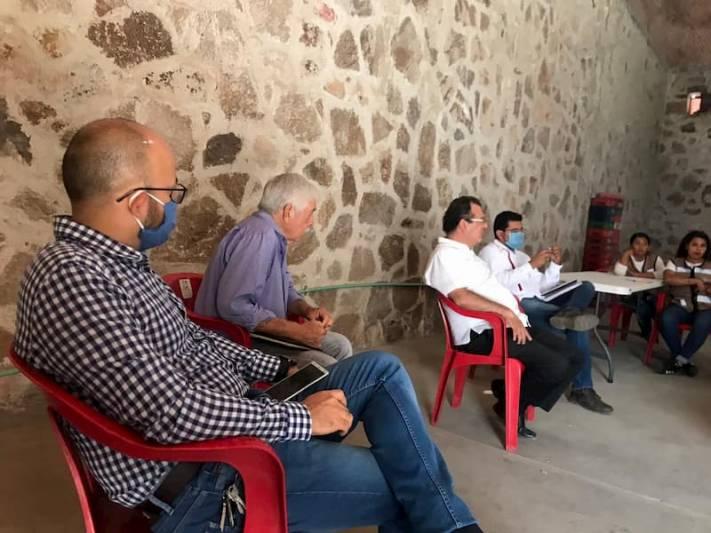 Recorren comunidades Jorge Luis Montes y Gilberto Herrera en San Juan del Río QRO