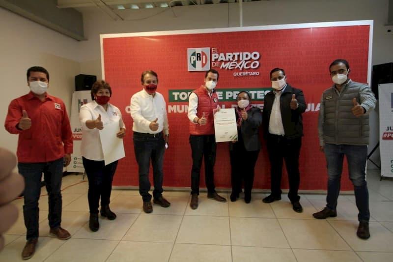 Renuevan comité municipal del PRI en Tequisquiapan y Landa de Matamoros QRO