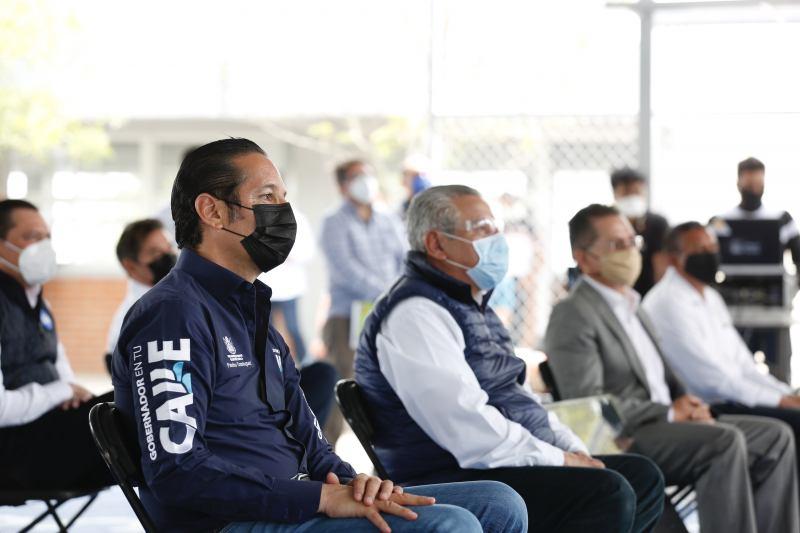 Supervisa Gobernador obra en CECyTEQ de Pedro Escobedo