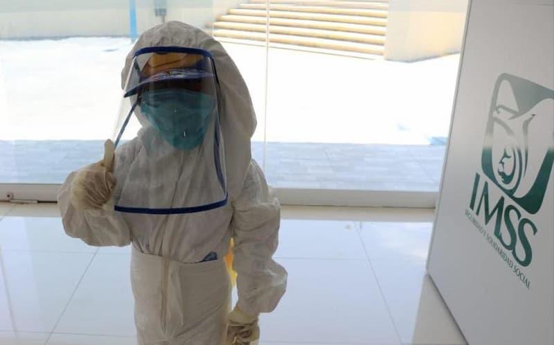 Niño Astronauta, protección anticovid-19 en el IMSS de Oaxaca