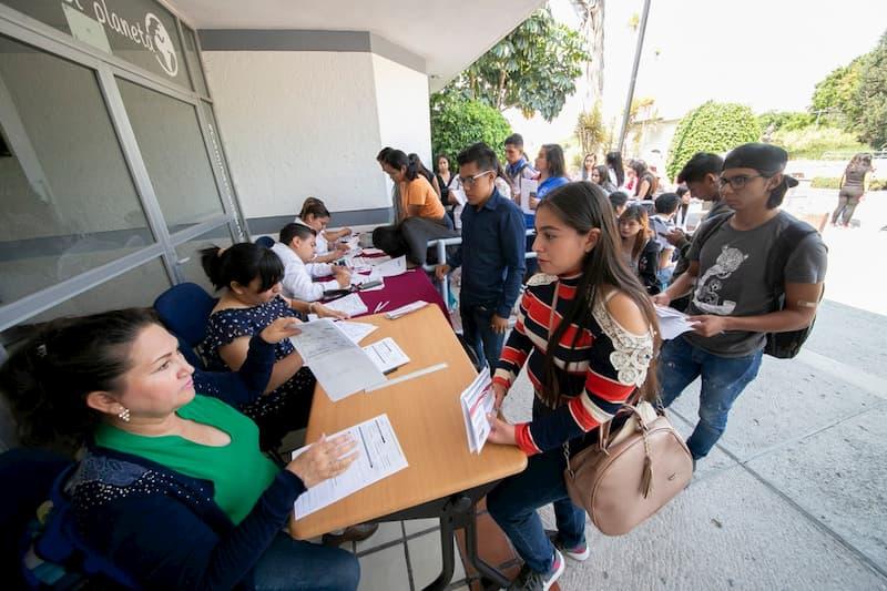 Continua vigente la convocatoria federal para Jovenes Escribiendo el Futuro 2020