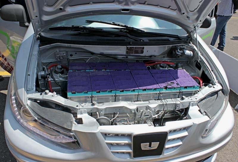 Desarrollan en la UAQ E FACI automovil electrico creado por universitarios 2