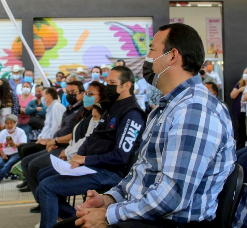 Diputado Roberto Cabrera reconoce trabajo del gobernador en Mercado Pedregoso de SJR 1