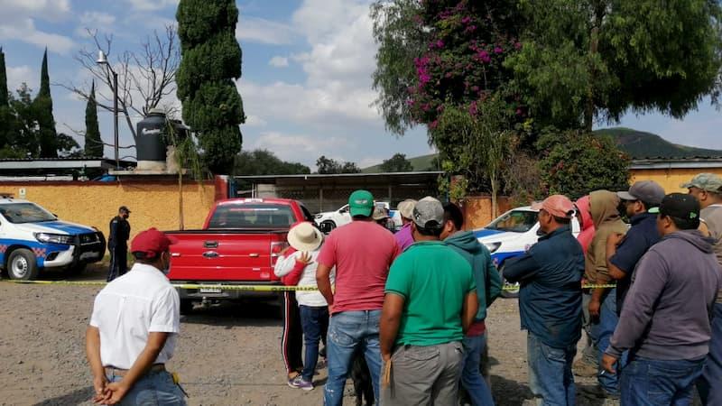 Mueren 3 trabajadores por intoxicacion en bodegas de maiz en San Juan del Rio QRO 1
