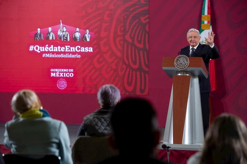 Presidente anuncia nueva norma para garantizar venta de litros completos de combustible