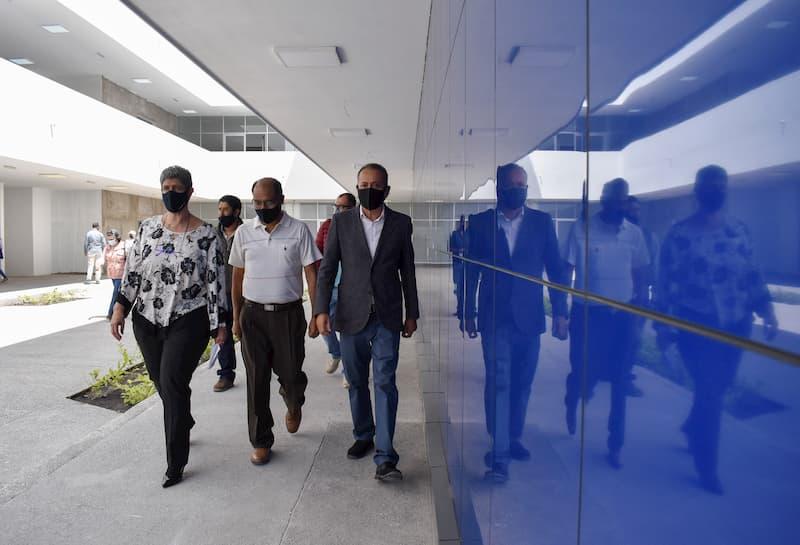 Recibe Facultad de Derecho nuevo edificio en campus Aeropuerto de la UAQ