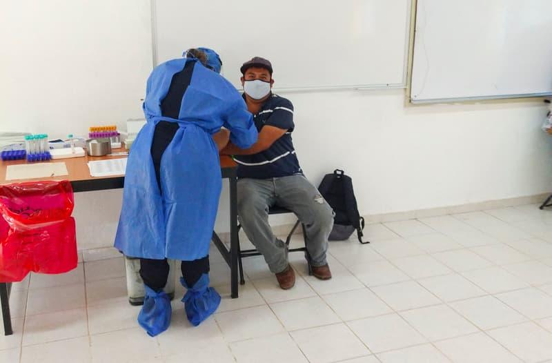 UAQ realiza pruebas de detección de COVID-19 en campus foráneos
