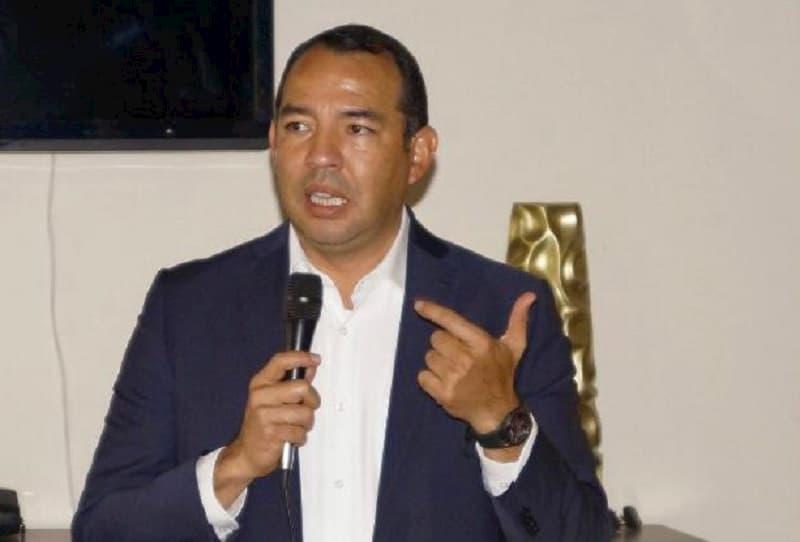 El Diputado Roberto Cabrera inaugura el programa de enlace legislativo