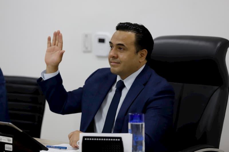 Propone Luis Nava iniciativa para agilizar entrega-recepción de fraccionamientos en Querétaro