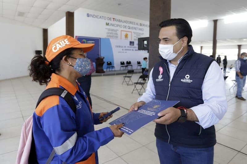 También cumplimos con nuestros trabajadores Luis Nava