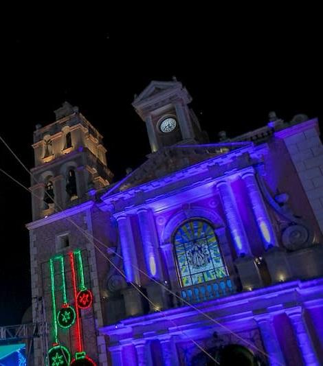 Firma convenio edil de Tequisquiapan para promover turismo entre Adultos Mayores de Tlalnepantla