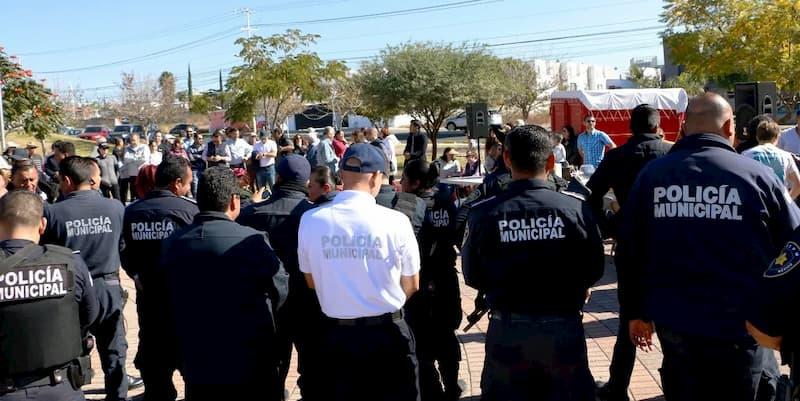 Por corrupción separaran del cargo a 2 policías del municipio de Querétaro
