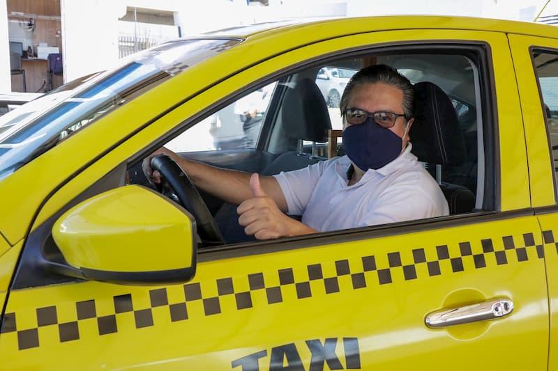 Últimos días con descuentos de 99% para taxistas del estado de Querétaro durante el Refrendo 2020