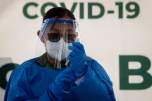 Vacunaran a mas de 2900 trabajadores de la salud en Queretaro SESEQ 8