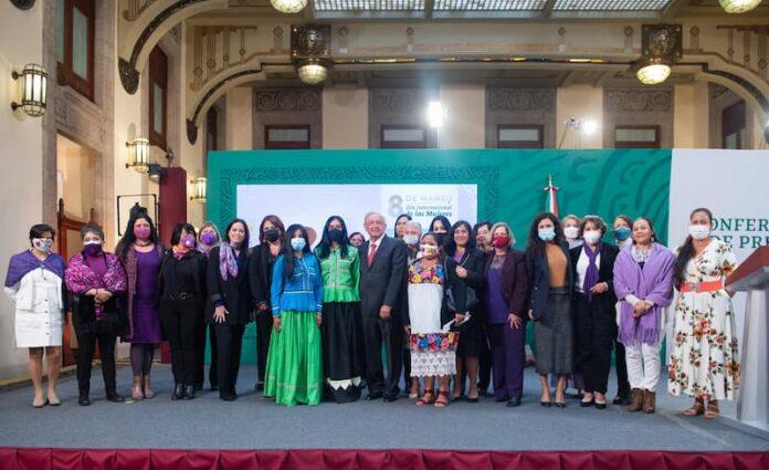 8 de marzo, día para recordar la lucha de las mujeres por la igualdad Presidente AMLO