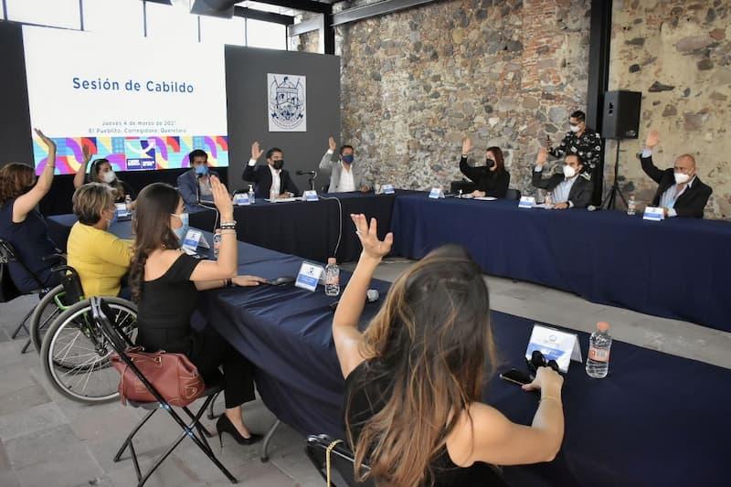 Roberto Sosa Pichardo solicita licencia por 90 días