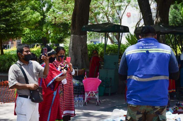 Falso el presunto robo a vendedores ambulantes Triquis en municipio de Querétaro