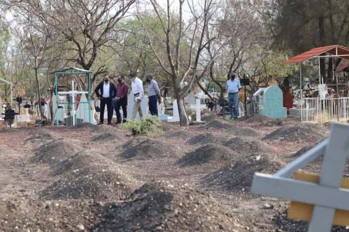 Municipio de Querétaro mantiene medidas de sanidad en panteones municipales