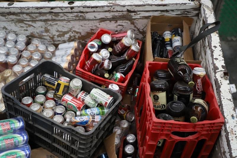 Dirección de Inspección destruye 20 toneladas de bebidas alcohólicas decomisadas