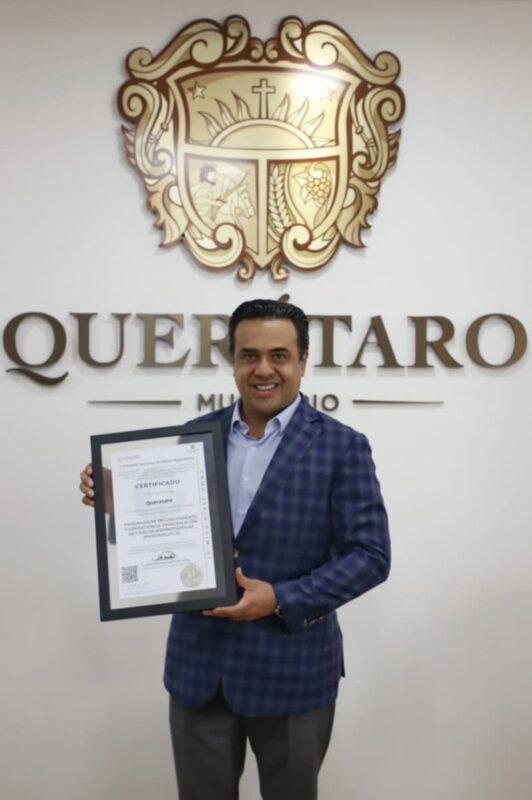 Luis Nava obtiene certificado PRO SIMPLIFICA para el Municipio de Queretaro 1