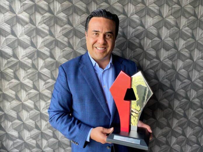Luis Nava recibe Premio de Alcaldes de Mexico por Mejores Practicas de Gobiernos Locales