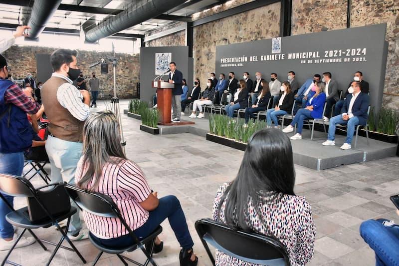 Roberto Sosa presentó su Gabinete Municipal de Corregidora 2021-2024