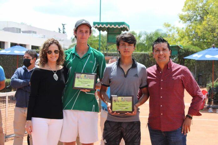 Tenistas queretanos campeones de Junior Cup 2021 2