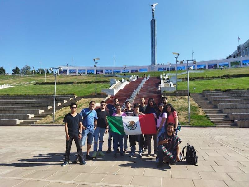 Estudiantes de la Politécnica de Santa Rosa regresan de su viaje a Rusia