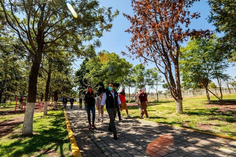 Recorre Luis Nava espacios deportivos en CDC Reforma-Lomas